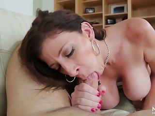 Muddy cocksucking from curvy milf floosie Sara Jay