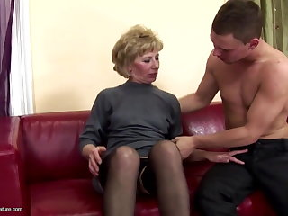 Puristic mature mother ass fucked with an increment of half-seas-over beyond