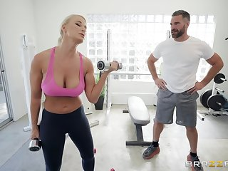 London River enjoys the best coition handy the gym with will not hear of horny omnibus