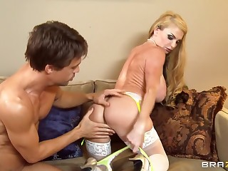 Huge boobs mating video featuring Taylor Wane and Toby jug Cake