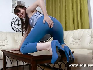 Lustful whore puts say no to vaginal spectrum to good use in say no to very wet instalment