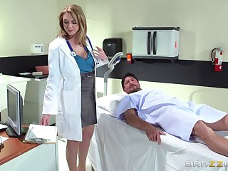 Horny doctor Brooke Wylde surprises will not hear of patient with a fuck