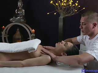 Arwen Gold massaged and fucked on the massage table. HD video