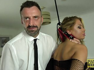 Blonde slut Joanna Bujoli pleasured with a dig up and a vibrator